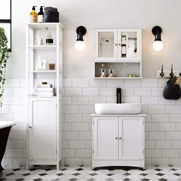 Waschbeckenunterschrank von VASAGLE im Bad als Muster